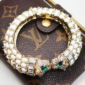 Crystal Panther Head Pearlescent Bracelet